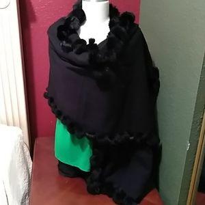 Valerie Steven black scarve